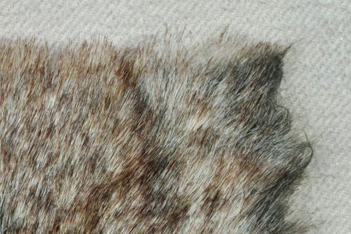 Pelz-Imitat Kanada Hase